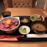 肉山公認!神田「新潟バル 醸造屋」でくびき牛ローストビーフ丼・大盛り!