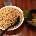「春樹」のつけ麺は900gまで無料!らーめんは替え玉1玉無料!