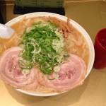 秋葉原「超ごってり麺ごっつ」で深夜に大盛りラーメン!朝まで営業!