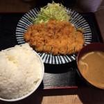 馬喰横山「揚げ三兄弟 東日本橋店」でとんかつ定食ランチ!ご飯おかわり自由!