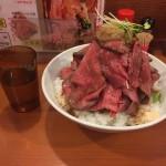 【閉店】デカ盛りローストビーフ丼!上野「鳥園(とりえん)」で富士山1kg!