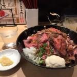 新宿歌舞伎町デカ盛り!「ローストビーフ油そば ビースト」で肉増しキング・麺大盛り!