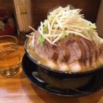 デカ盛りラーメン!神田「盛太郎」でチャーシュー麺Wダブル・大盛り・野菜マシマシ!