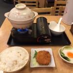 24時間営業!街の台所「岩本町 小町食堂」で深夜に選べるおかずと大盛りご飯!
