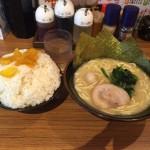 ライス食べ放題!田町「壱角家」で横浜家系ラーメン醤油味!