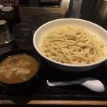 大森デカ盛り!「三ツ矢堂製麺」でつけ麺・極盛り1.5kg!ギンギン氷締め!