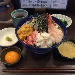 三軒茶屋デカ盛り!「海街丼(うみまちどん)」で極上海宝丼大盛り!