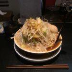 兵庫県デカ盛り!阪神尼崎「麺家 德(徳)」で半熟煮玉子ラーメン!麺・野菜大盛り!