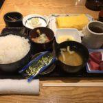 東京駅朝食!「やえす初藤(はつふじ)」で納豆定食・ご飯大盛り・玉子焼き!