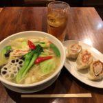 健康ランチ!東京駅「ちょもらんま酒場」でヘルシーメニュー・大餃子!【ヤエチカ】